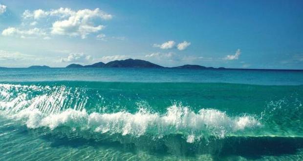 ما هو سبب تغير لون ماء البحر