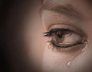 تعرف على فوائد الدموع