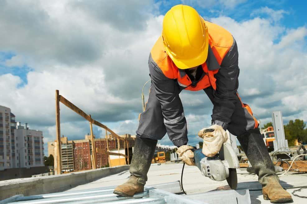 الاتفاق على صيغة تشغيل لعمال البناء الفلسطينيين في اسرائيل خلال الإغلاق