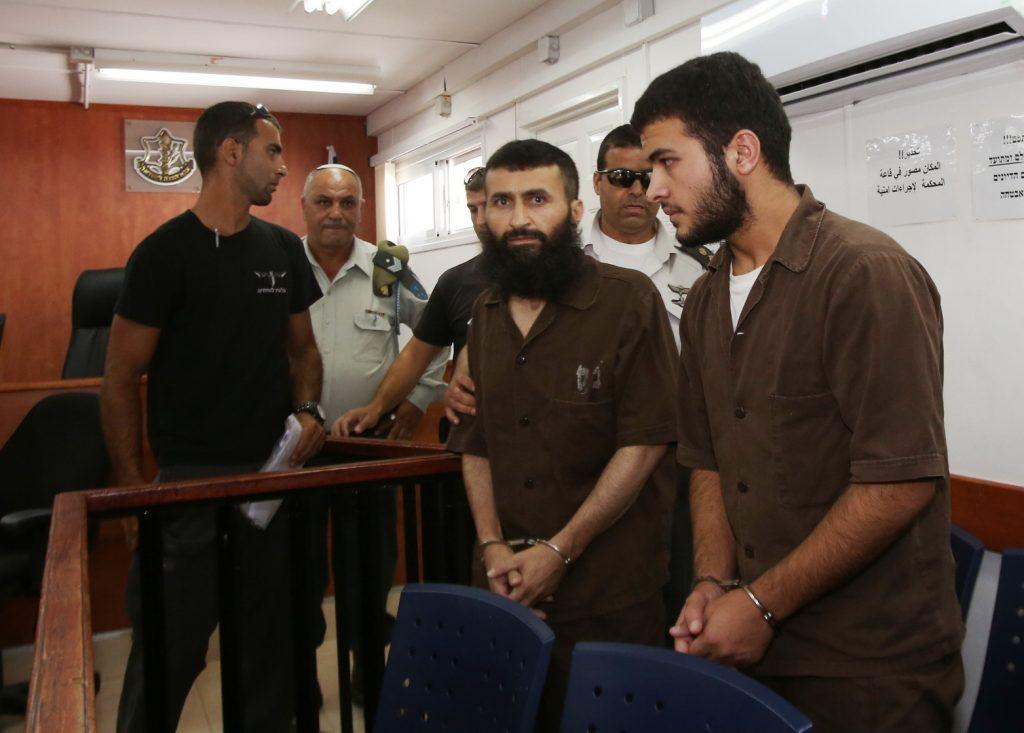 ماذا اشترط أسير فلسطيني على الجيش ليسلم نفسه ؟