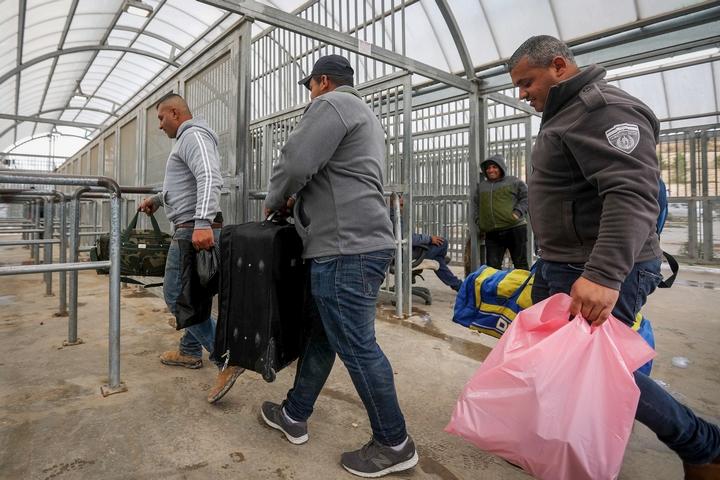 مسئول إسرائيلي يعلن عن موعد انتهاء الإغلاق