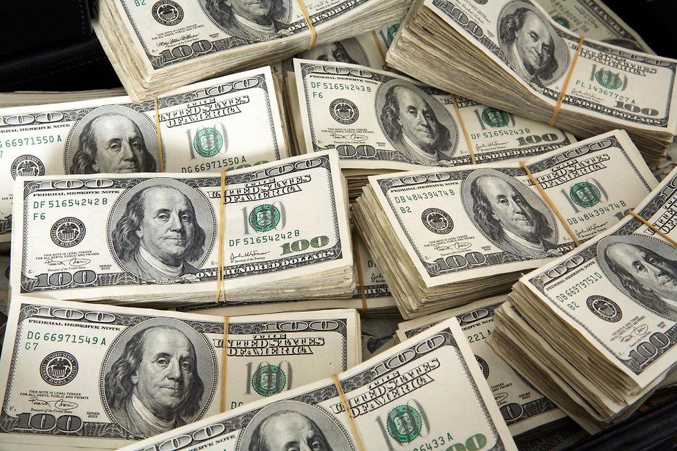 قطر  تعلن عن منحة مالية ضخمة جداً لقطاع غزة
