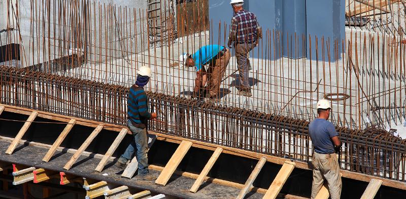 الشلل يصيب مواقع البناء في اسرائيل