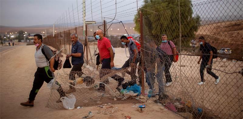 الحكومة الاسرائيلية تناقش فتح المعابر