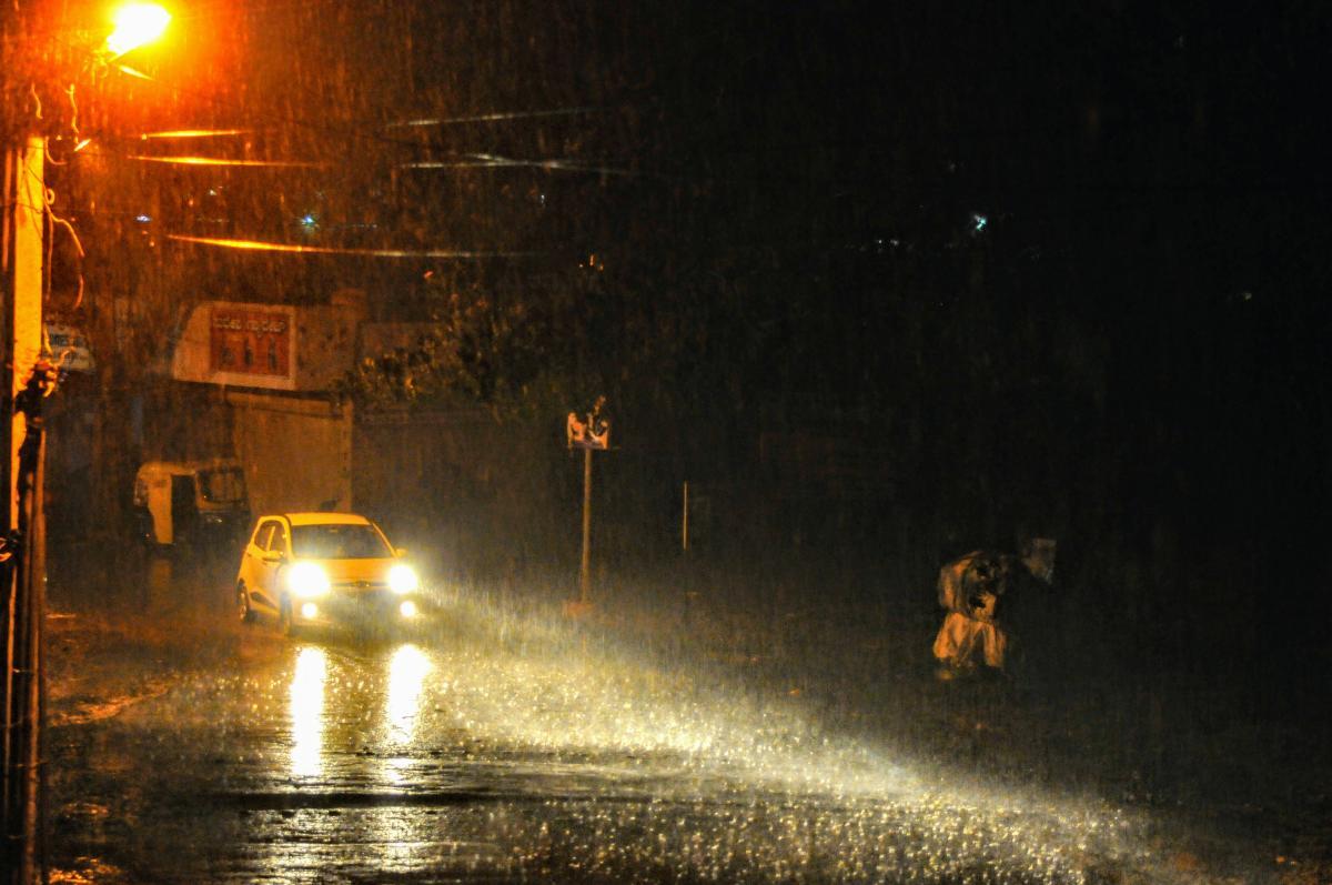 أمطار وعواصف رعدية في طريقها للبلاد